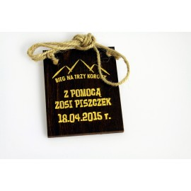Medal z drewna