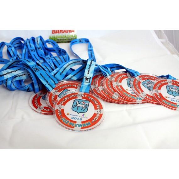 Medal z pleksi